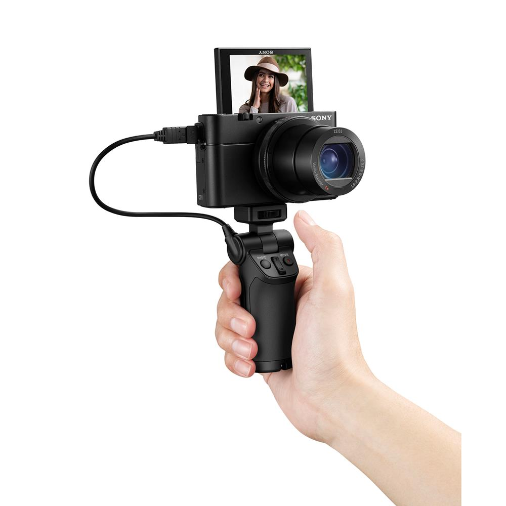 Video Creator Kit hand 6.19.jpg