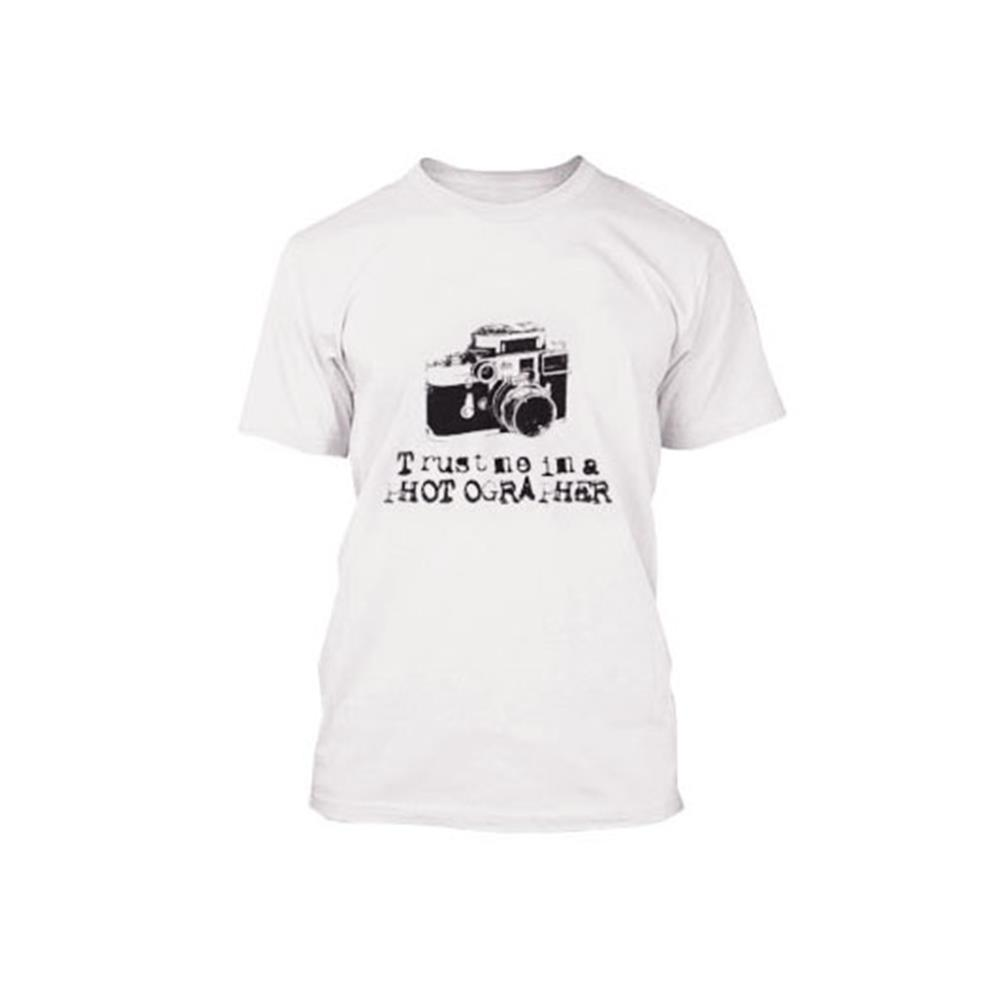 810RES094_Trust_Me_Iam_A_Photogragher_T-Shirt.jpg