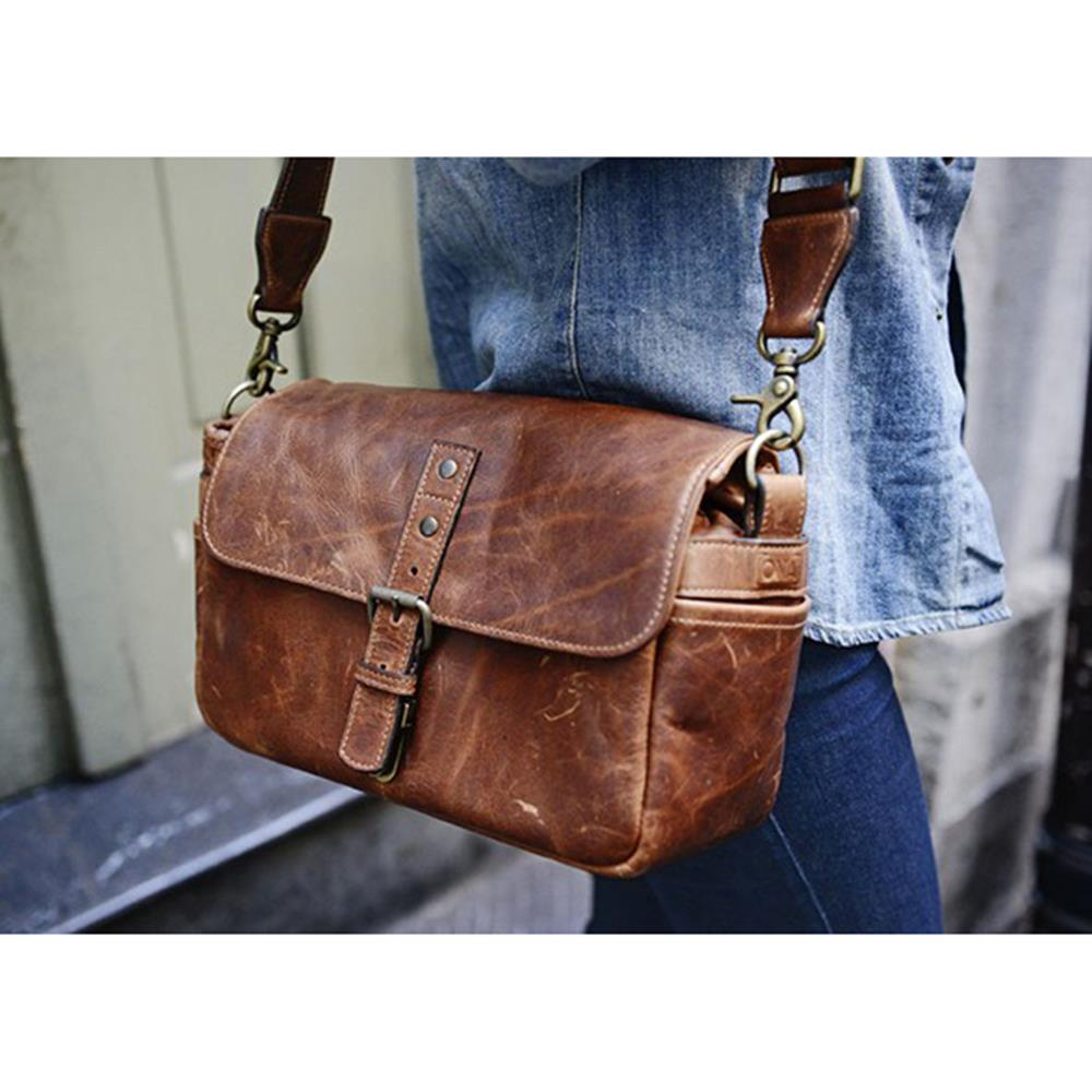 783c798c966 Henrys.com : ONA BOWERY CAMERA BAG LEATHER ANT CONGNAC