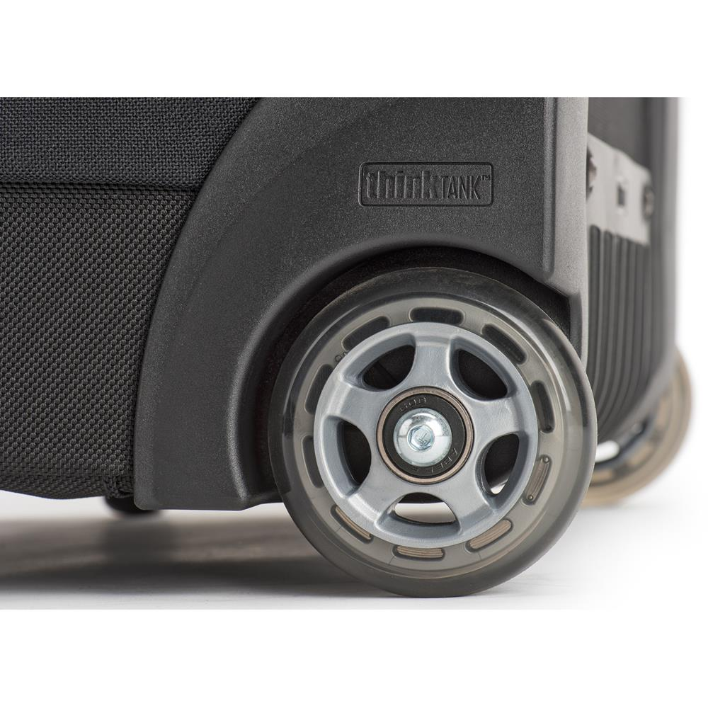 airport-security-roller-web_0001_airport-security-roller-V3-wheels-107-Edit_d8173a83-1b11-4e75-adaa-e9bd1c676df2.jpg